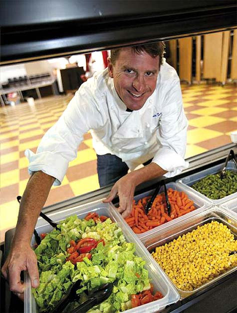 EDIBLE ISSUES: SAVING SCHOOL FOOD