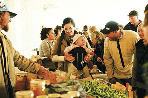 Lonely Mountain Farm's Kenny Baker with customers